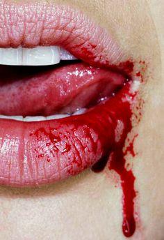 Sang au lèvres