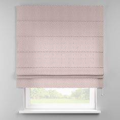 Vouwgordijn Padva  Description: Vouwgordijn voor bevestiging aan de muur of plafond. (kan me behulp van speciale houders ook aan het raamkozijn worden bevestigd- zie vouwgordijn accessoires). Het vergrendlingsmechanisme reguleert het afrollen van het vouwgordijn. Met trekkoord rechts (indien gewenst natuurlijk ook links). Ingenaaide plastic staafjes dienen ter verzwaring. Klassieke decoratieve volant (geschulpt). Vouwgordijn met witte aluminium rail compleet met accessoires. Marge /- 2 cm…