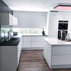 House Design, Kitchen Space, Sweet Home, House Interior, Home Kitchens, Kitchen Diner, Kitchen Diner Extension, Modern Kitchen Design, Home Decor
