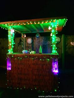Recycled Pallet Bar with Lights