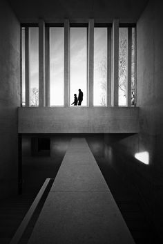 Marbach Museum _ Circulation B+W_ David Chipperfield by SteMurray Concrete Architecture, Contemporary Architecture, Art And Architecture, Luigi Snozzi, David Chipperfield Architects, Light And Space, Light In The Dark, Modern Design, Building