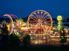 Minnesota State Fair events kick off twelve days prior to Labor Day in one of the biggest and most thrilling fairs in the USA. Missouri State Fair, Iowa State Fair, Minnesota State Fair, Minnesota Home, State Fair Events, Great Places, Places To Visit, Beautiful Places, Fair Rides