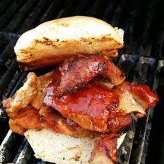 BBQ Porc Slopy Burger - www.bbqpravda.co.vu