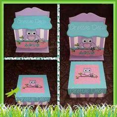set de nacimiento cartel portacosmetico y pañalera con buhos Greta, Lunch Box, Country, Birth, Poster, Crates, Crafts, Bedspreads, Wood