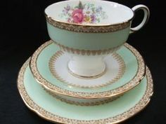 This gorgeous green Paragon tea trio will make tea time very special - my favorite time of the day!