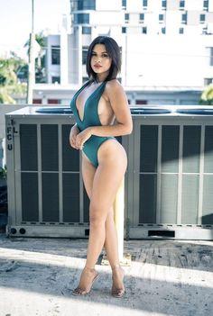 Sexy Bikini, Bikini Modells, Bikini Girls, Femmes Les Plus Sexy, Stuck, Mädchen In Bikinis, One Piece Swim, Curvy Women Fashion, Beauty Full Girl