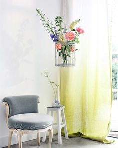 hangend groen Photo: Marloes Bosch Styling: Liesbeth Muilwijk & willemijn ter Hart (@willemijnflowerstories) for ariadne at home magazine