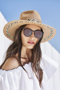 Wide brim hat with woven band, Hardy sunglasses