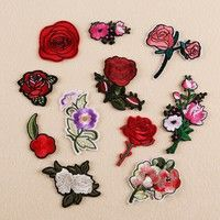 "2/"" x 2+1//2/"" inch Embroidered Iron-On Applique Chenille Rose"