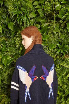 Stella McCartney Resort 2015 Fashion Show Resort 2015, Stella Mccartney, Trend Council, Textiles, Mode Inspiration, Catwalks, Knit Crochet, Ready To Wear, Cardigans