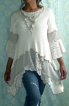 """Great symmetry in """"collar"""" and bottom V-hemline Cream, Beige Ribbed Tunic ~t~ Try this with the scoop neck white thermal shirt!"""
