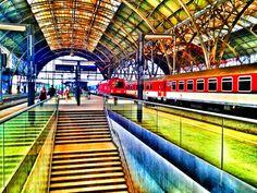 www. Train Station, Versailles, Czech Republic, Maine, Architecture, Places, Photography, Prague, Arquitetura
