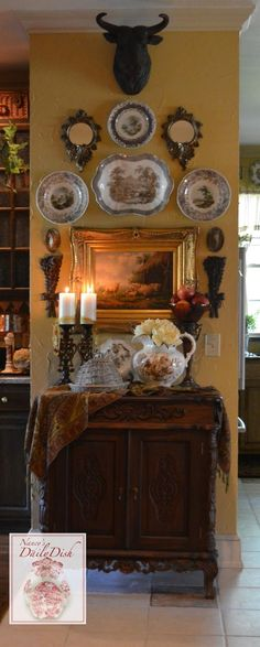 Love that look? You can get it. Jere's Antiques can help.