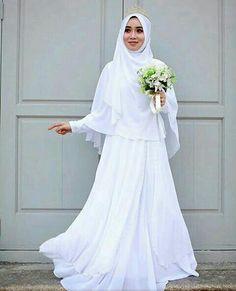 It's suitable for wedding too. Muslim Wedding Gown, Muslimah Wedding Dress, Hijab Style Dress, Muslim Wedding Dresses, Muslim Brides, Wedding Hijab, Dream Wedding Dresses, Wedding Gowns, Modest Wedding