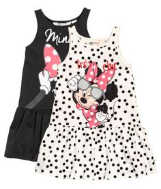 Comfy, practical and bursting with vibrant colors and charming prints – we have clothes and accessories for your girl's every need. Baby Outfits, Disney Outfits, Toddler Outfits, Kids Outfits, Cute Outfits, Disney Clothes, Fashion Kids, Fashion Outfits, Baby Fashionista