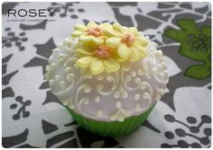 Mini Mini Flower Cupcakes 3 by rosey sugar, via Flickr