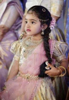 Best baby dress for wedding kids fashion 57 Ideas Kids Dress Wear, Kids Gown, Dresses Kids Girl, Kids Outfits, Kids Wear, Kids Indian Wear, Kids Ethnic Wear, Lehanga For Kids, Kids Lehanga Design