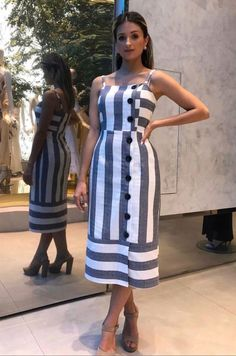 Love this dress Summer Dresses Dress Outfits, Casual Dresses, Short Dresses, Casual Outfits, Summer Dresses, Hijab Fashion, Fashion Dresses, Look Street Style, Vetement Fashion