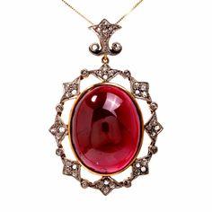 Victorian Design 41.15 cts Cabochon Garnet Diamond 18K Gold Pendant