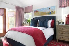 Vote on your favorite HGTV Urban Oasis master bedroom, from 2010 to 2015.