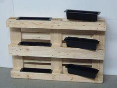 ᐅ Hochbeet aus Paletten bauen Diy Pallet Bed, Diy Pallet Projects, Garden Projects, Palette Beet, Palette Diy, Large Furniture, Pallet Furniture, Home Furniture, Herb Garden Pallet