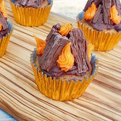 Caramel Bonfire Cupcakes, simple to make with some Flakes