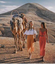 Marrakech✨🥂 ๑๑๑ ๑๑๑ ¿Te gustaria una foto con un camello?📸 ๑ travel instatravel travelgram deserts mexico monterrey agenciadeviajes sttravel viajes marrakech nature Foto Dubai, Marrakech, Travel Pictures, Travel Photos, Foto Best Friend, Photography Poses, Travel Photography, Ohh Couture, Morocco Fashion