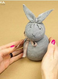 DIY Sock Bunny (no sew) https://youtu.be/giqTWcq6nFk