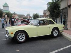 1971 Triumph inline-six beneath the bonnet features roller rockers and a performance camshaft, Inline, Manual Transmission, Cars For Sale, Antique Cars, British, 70s Cars, Rockers, Classic, Eye