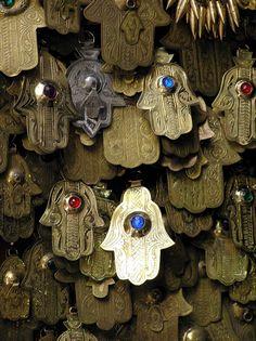 :: Hamsa Amulets