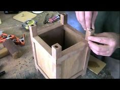 Making a Japanese style lamp - YouTube