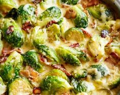 Jennas Creamy Garlic Parmesan Brussels Sprouts & Bacon will become your NEW favourite way to eat Brussels Spouts! Pan fried Brussels sprouts and bacon baked in a cheesy creamy garlic sauce, and topped with bubbling mozzarella and parmesan cheese! Sprout Recipes, Vegetable Recipes, Vegetarian Recipes, Cooking Recipes, Healthy Recipes, Vegetable Bake, Vegetable Appetizers, Ramen Recipes, Chickpea Recipes