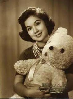 #SwanieBear <3 Photo Galleries, Teddy Bear, Gallery, Animals, Animales, Roof Rack, Animaux, Teddy Bears, Animal