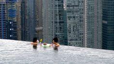 150-Meter Outdoor Infinity Pool // Marina Bay Sands | Yatzer