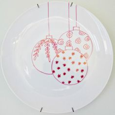 Christmas sharpie plates  sc 1 st  Pinterest & How to paint your own decorated plates by CraftCorners.com ...