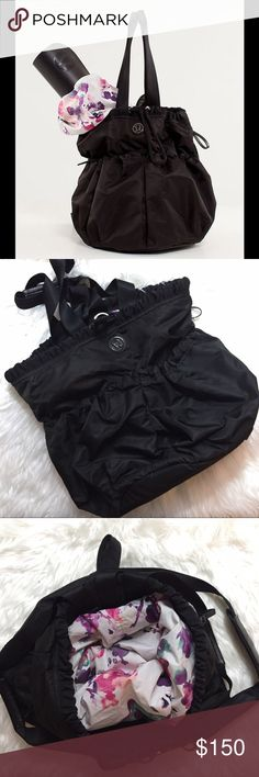 fe733b553f605 Lululemon Bliss Bag Black Blurred Blossom Condition  used. Light wear. No  noted defects