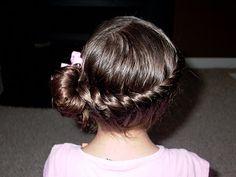 Little Girl's Hairstyles – Full Side Twist Trendfrisuren Joe, akkurater Mittelscheitel oder This particular Dance Hairstyles, Flower Girl Hairstyles, Teen Hairstyles, Little Girl Hairstyles, Twist Hairstyles, Rainbow Hairstyles, Hairstyles Videos, Cute Hairstyles For Teens, Pretty Hairstyles