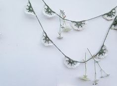 @ silverpebble: How to crochet cow parsley - free crochet pattern, how unique, thanks so for share xox ☆ ★   https://www.pinterest.com/peacefuldoves/