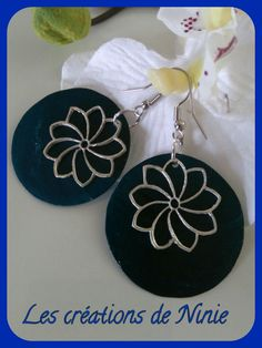 BO nacres bleues et estampes fleurs