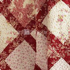 vermelha e branca - detail. Classic