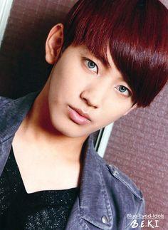 32 Best Blue Eye Kpop Idols Images Pop Idol Blue Eyes Korean Idols