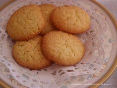 Dolci per passione...salati per amore: Biscotti al cocco e limone
