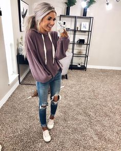 Jake and I are doing a live tonight at central. per yalls request. Oh lord this will be a disaster 🤣😂 Tune in to hear me ramble and… Source by Casual Outfits Beauty And Fashion, Cute Fashion, Look Fashion, Fashion Outfits, Skinny Fashion, Fashion Trends, Fall Winter Outfits, Autumn Winter Fashion, Spring Outfits