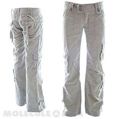 In Molecule's Himalayan Hipster Pants you'll be as comfortable hiking the Himalayas as checking out trendy cafés in durable, stylish, hip-hugging beauties with loose-legged, airy freedom and extra pockets. Cargo Pants Outfit, Cargo Pants Women, Trendy Outfits, Summer Outfits, Summer Clothes, Fall Outfits, Camouflage Cargo Pants, Hipster Pants, Athletic Pants