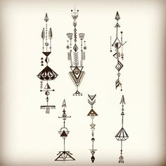 64 Ideas for tattoo geometric simple diamonds Dreieckiges Tattoos, Arrow Tattoos, Trendy Tattoos, Small Tattoos, Tattoos For Guys, Tatoos, Geometric Arrow, Geometric Lines, Geometric Graphic