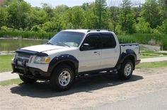 Ford Sport Trac, Sport Cars, Sports Track, Ford Explorer Sport, Expedition Vehicle, Lifted Ford, Ford Ranger, Custom Trucks, Cool Trucks