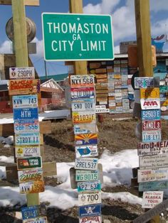 Found names of friends at the Sign Post Forest in Watson Lake, Yukon Territory, Canada. Rv Travel, Canada Travel, Places To Travel, Licence Plates, Alaska The Last Frontier, Alaska Highway, Yukon Territory, Canada North, Northern Exposure
