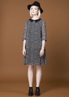 Amanda Moss Daisy dress. This sweet floral printed dress has the perfect swing of a 1960s dress. The pointed flat collar adds that little extra touch to make this dress the perfect addition to your winter or spring wardrobe. Available at www.victoireboutique.com