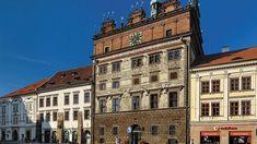 Zpravodajský portál z Plzeňska, kulturní a společenské akce v Plzni, sportovní informace, aktuální zprávy,... Portal, Multi Story Building