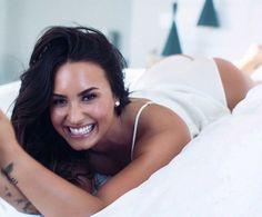 Demi Lovato - Repices X Divas, Demi Lovato Body, Demi Love, Demi Lovato Pictures, Femmes Les Plus Sexy, Nicole Scherzinger, Foto Pose, Woman Crush, Sensual
